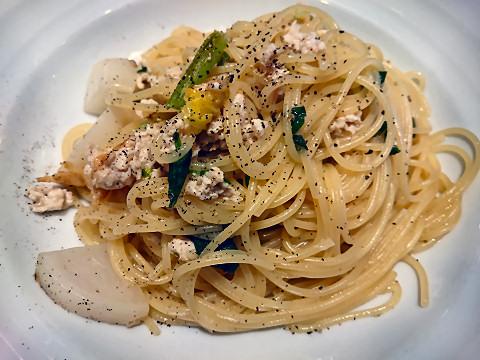 鶏ミンチと蕪のスパゲティ@ボーノボーノ