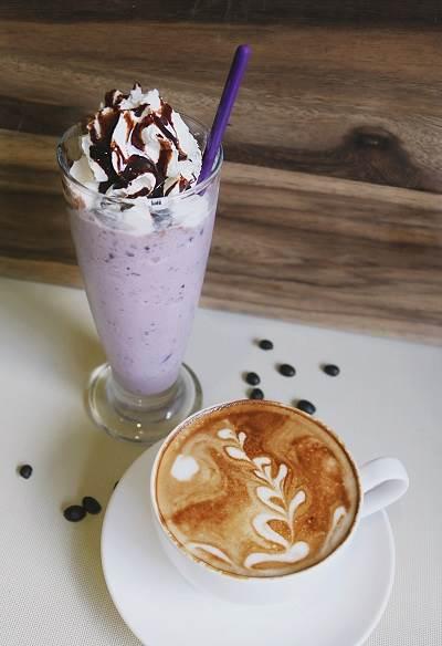 thuc-uong-cafe-take-away-hien-dai.jpg