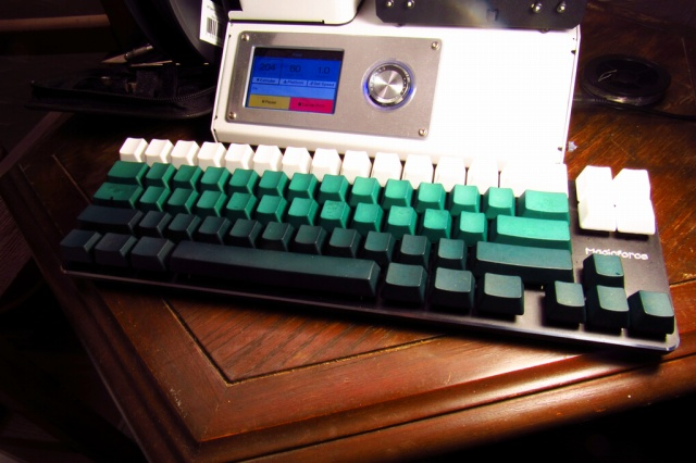 Mechanical_Keyboard84_86.jpg