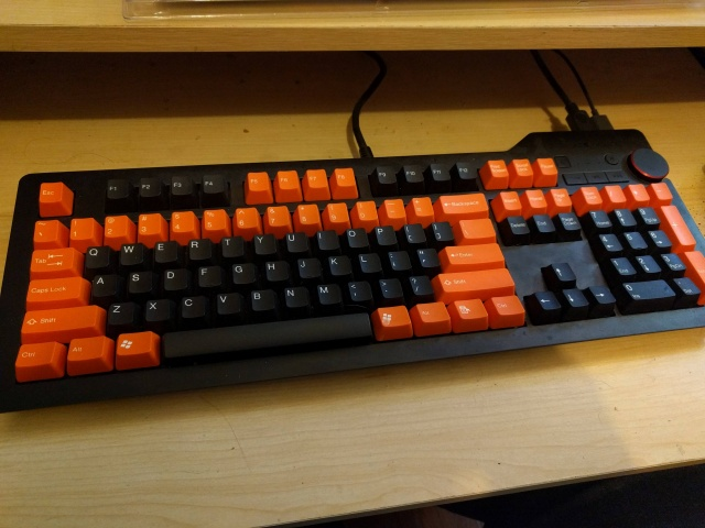 Mechanical_Keyboard86_35.jpg