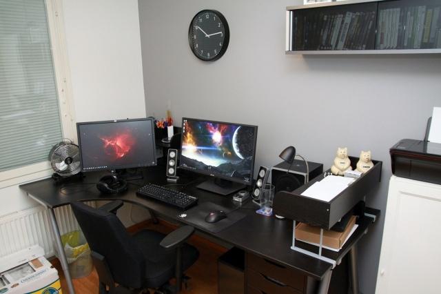 PC_Desk_MultiDisplay80_12.jpg