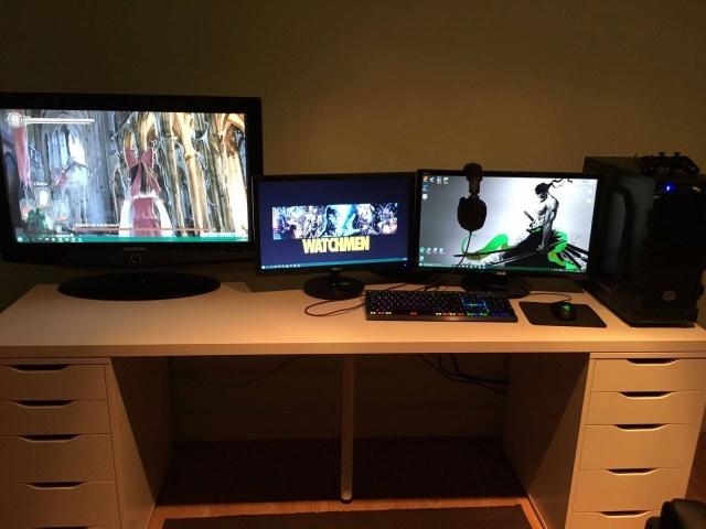 PC_Desk_MultiDisplay80_16.jpg