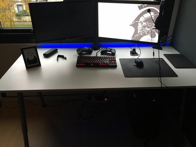 PC_Desk_MultiDisplay80_43.jpg