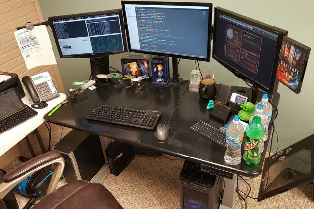 PC_Desk_MultiDisplay80_56.jpg