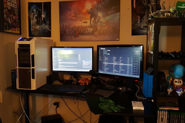 PC_Desk_MultiDisplay80_92.jpg