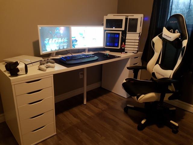 PC_Desk_MultiDisplay82_04.jpg