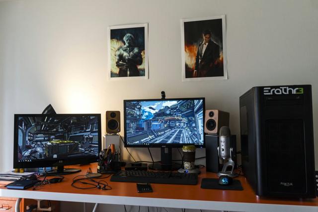 PC_Desk_MultiDisplay82_48.jpg