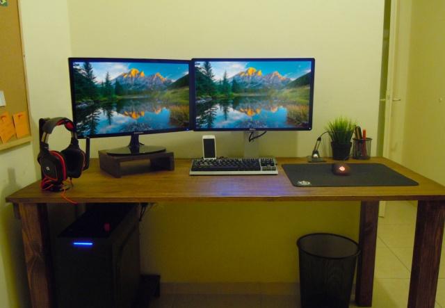 PC_Desk_MultiDisplay82_78.jpg