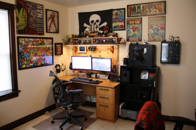 PC_Desk_MultiDisplay82_79.jpg