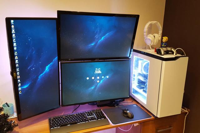 PC_Desk_MultiDisplay84_05.jpg