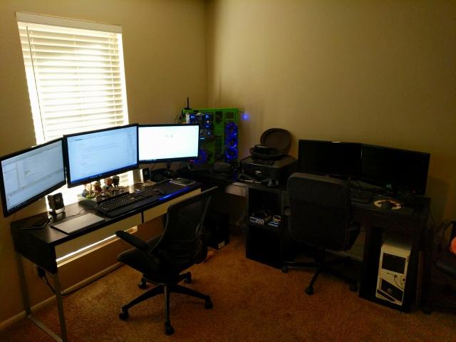 PC_Desk_MultiDisplay84_09.jpg