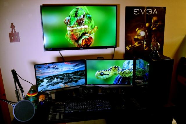 PC_Desk_MultiDisplay84_10.jpg
