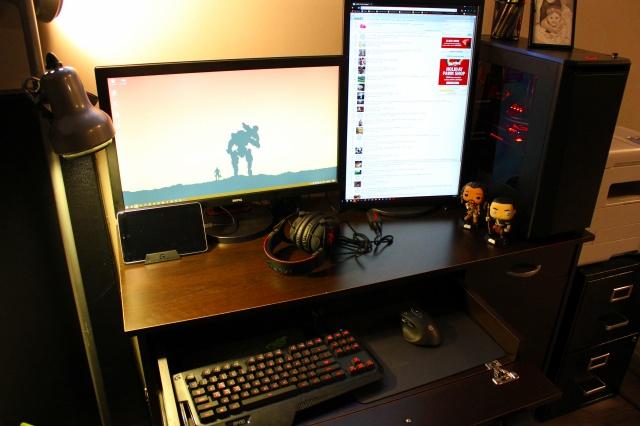 PC_Desk_MultiDisplay84_20.jpg