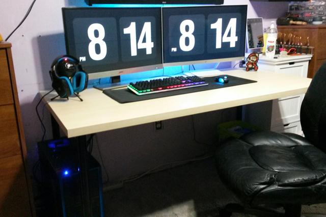 PC_Desk_MultiDisplay84_30.jpg