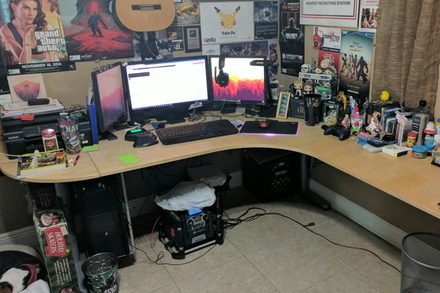 PC_Desk_MultiDisplay84_33.jpg