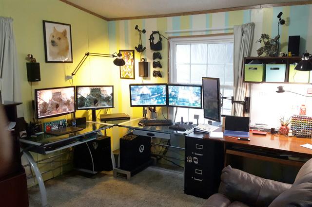 PC_Desk_MultiDisplay84_37.jpg