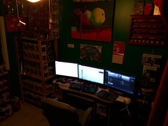 PC_Desk_MultiDisplay84_44.jpg