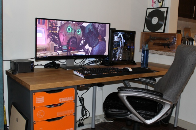 PC_Desk_UltlaWideMonitor15_89.jpg