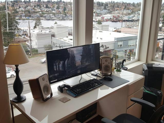 PC_Desk_UltlaWideMonitor16_03.jpg