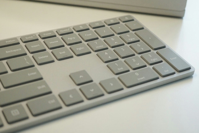 Surface_Keyboard_04.jpg