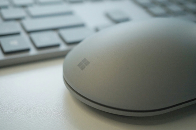 Surface_Mouse_05.jpg
