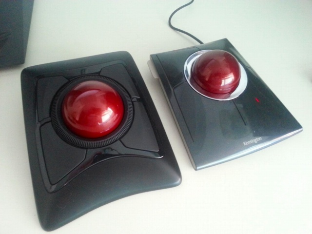 Trackball02_59.jpg