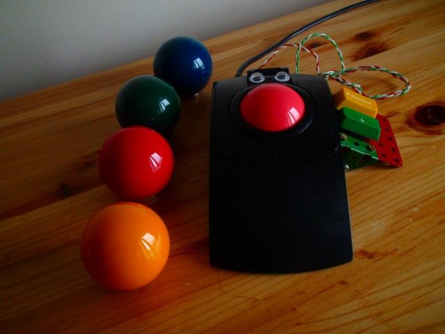 Trackball02_65.jpg