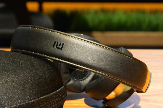 Xiaomi_Hi-Res_Headphones_05.jpg