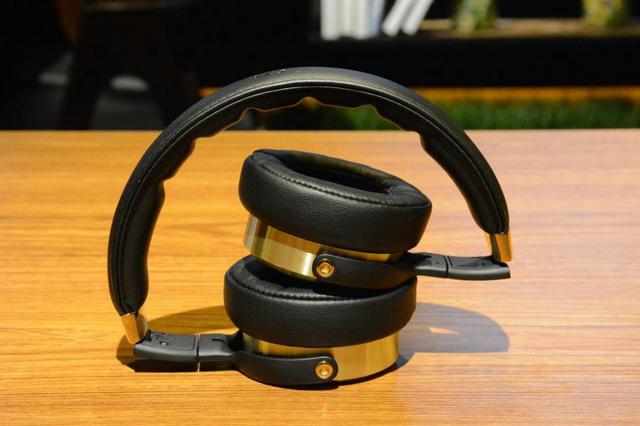 Xiaomi_Hi-Res_Headphones_06.jpg