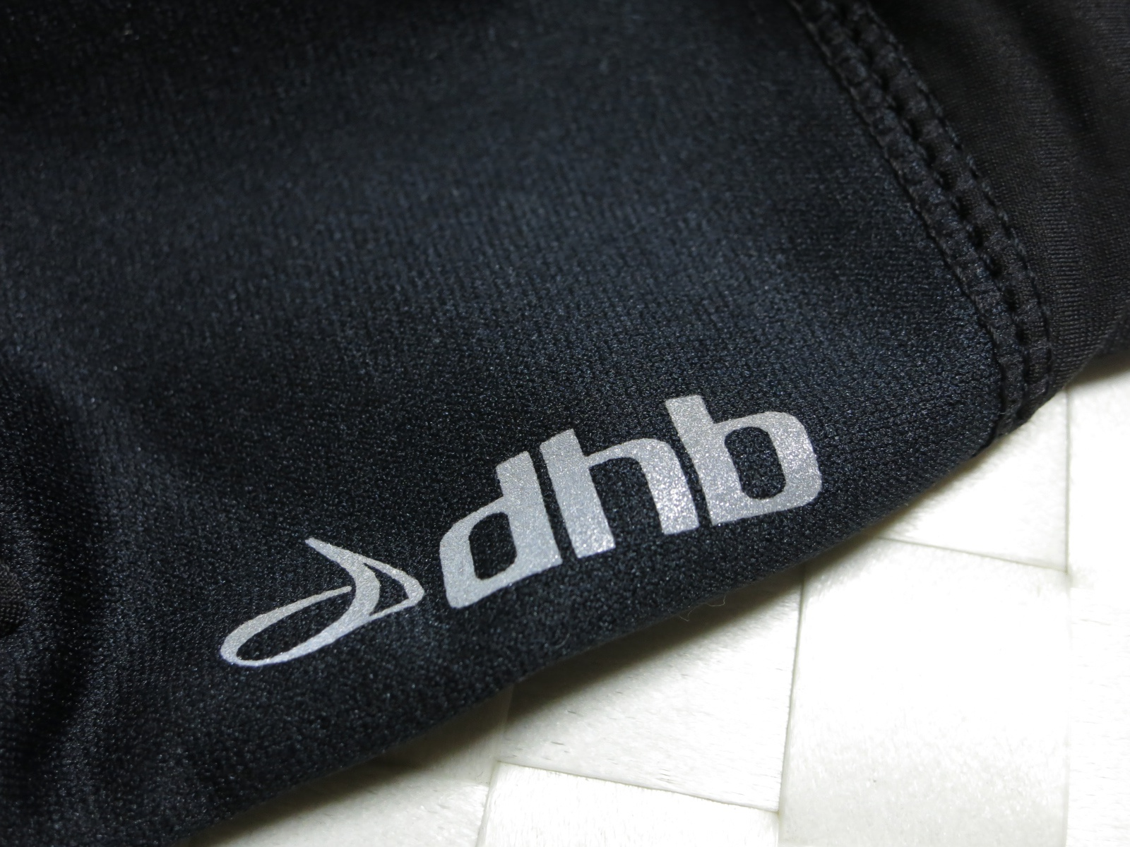 dhb_Windslam_Stretch_Glove_05-.jpg