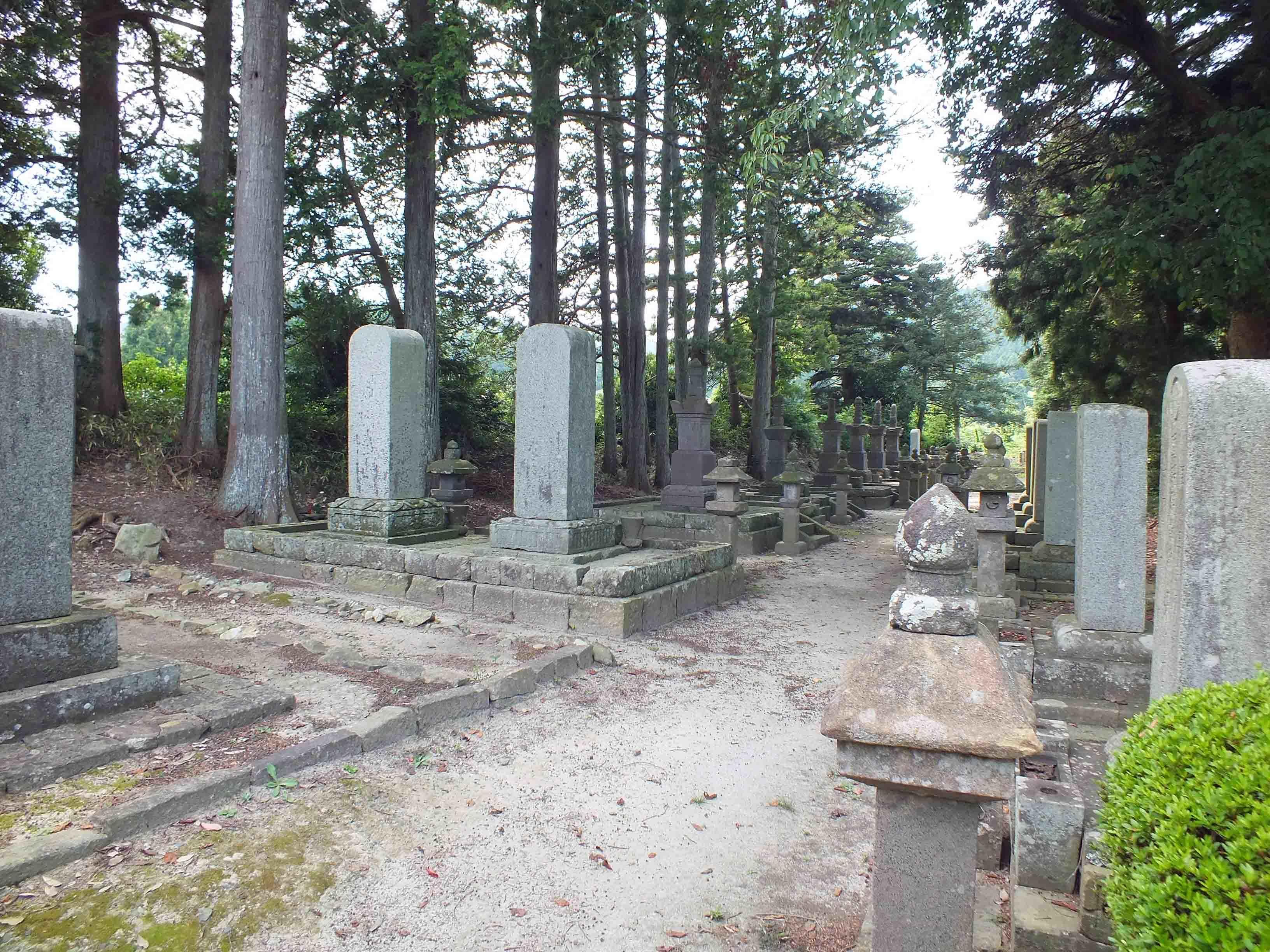 小堤城 亘理伊達家墓所