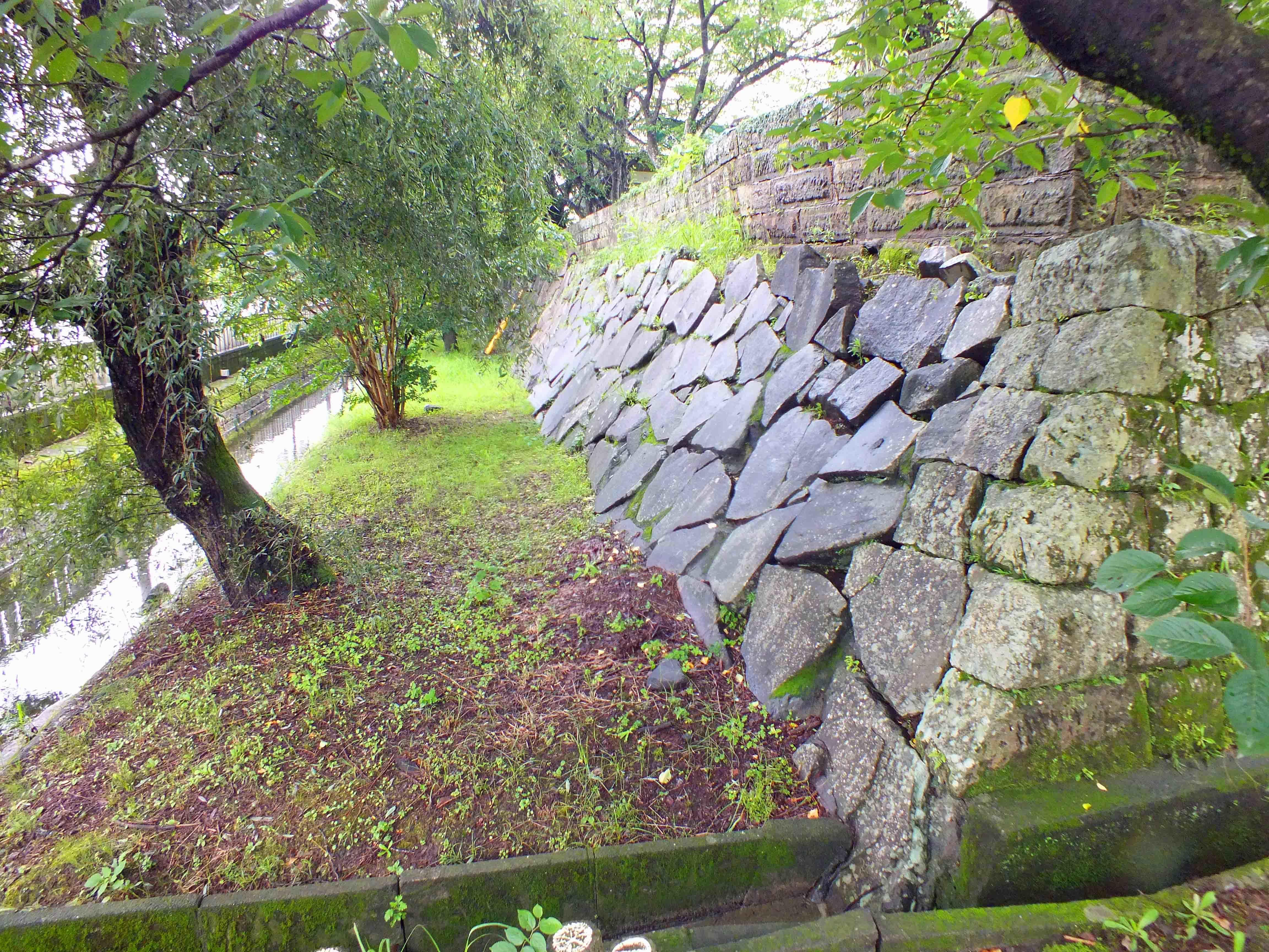 舞鶴 石垣と堀